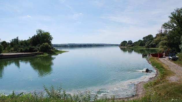 Rybník Nesyt.