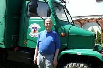 Náš čtenář je velkým fanouškem nákladních automobilům.