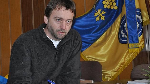 Starosta Borkovan Radek Valenta.