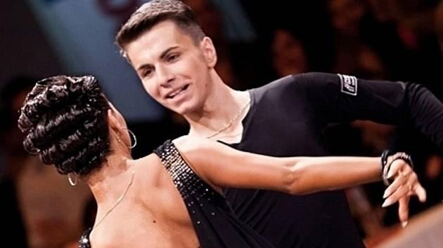 Tanečník Matthias Fencak z Břeclavi se představí se svou ruskou partnerkou na mistrovství světa v Číne.