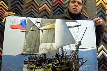 Výjimečná plachetnice učarovala i Luďku Kocourkovi z Podivína, jenž se na její stavbě podílel a sedm měsíců se s ní plavil po moři.