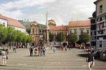 Vizualizace zobrazuje jeden z návrhů, jak by mohlo historicky cenné Náměstí v centru Mikulova v budoucnu vypadat.