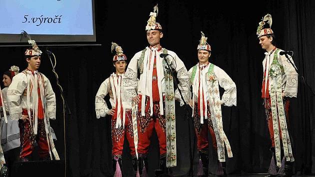Folklorní Pohárek slavil v Týnci výročí.