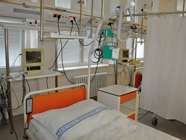 Od začátku ledna už naostro funguje jednodenní chirurgie v Městské nemocnici Hustopeče. Do nadstandardních pokojů zbývá doplnit televize či ledničky.