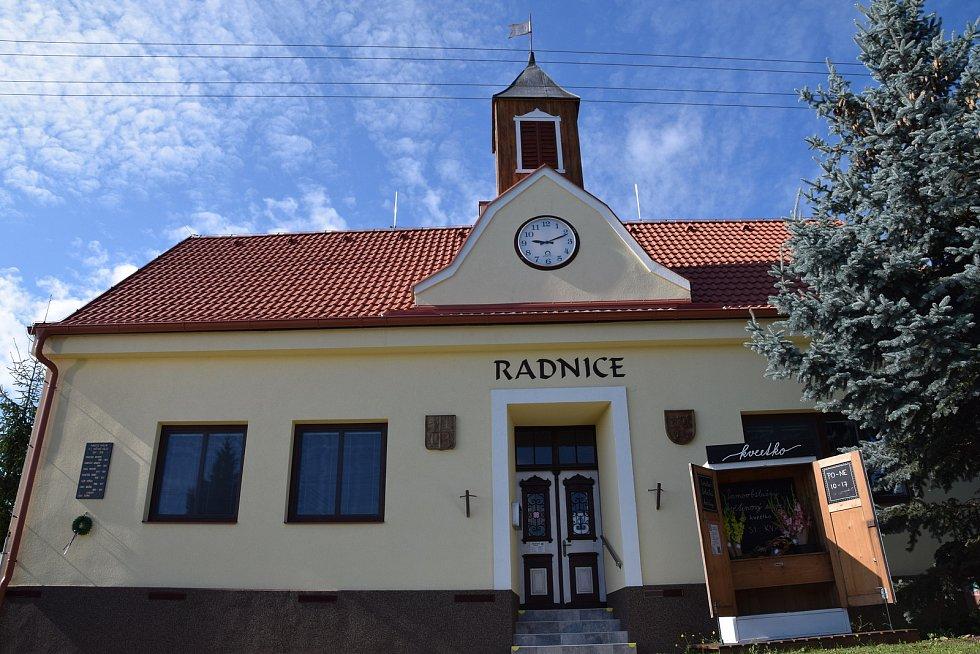 Kašnická radnice prošla téměř sedmimilionovou rekonstrukcí.