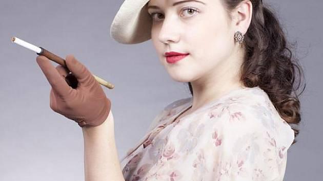 Studentka Masarykovy univerzity Marie Létalová z Týnce u Břeclavi se zamilovala do prvorepublikové módy.