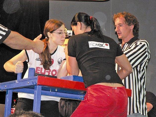 Dana Surá (vlevo) obhájila na republice titul mistryně.