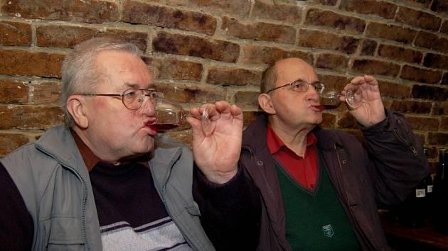 Hustopečská vánoční přehlídka archivních vín.