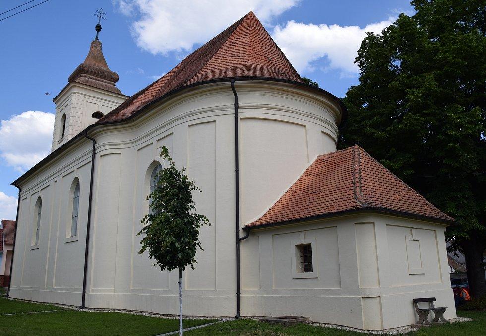 Kostel v Bulharech