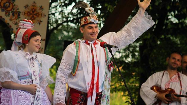 Ples v Lanžhotě protančí v krojích