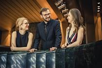 V Galerii Závodný zahraje Slavic Trio