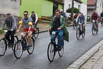 """Recesistický cyklistický závod """"O dušu""""."""