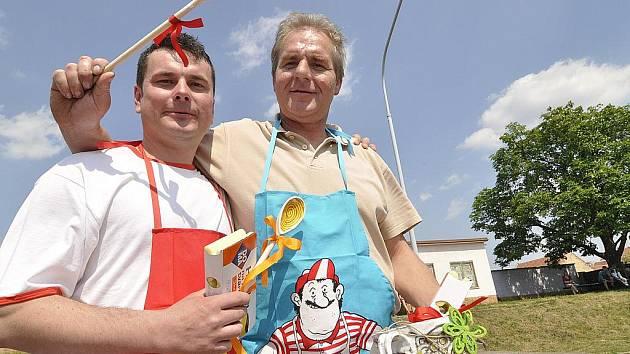 Nejlepší guláš ve Vranovicích vaří fotbalisté. Rozhodla o tom soutěž Guláš roku 2011. Konala se už tradičně na setkání s názvem Vranovické jaro.