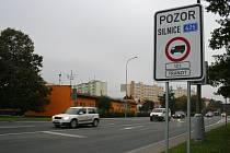 Už i v Hustopečích se dočkali značek pro zákaz vjezdu vozidel nad dvanáct tun.