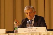 Sdružení evropských vinařských regionů má staronového prezidenta. Itala Sergia Chiamparina.