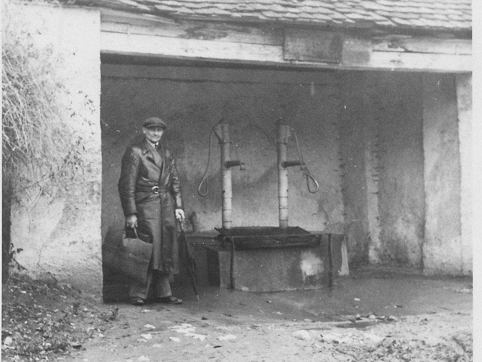 V roce 1943 byly studny hned dvě.