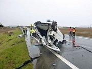 Nedělní nehoda auta u Pohořelic.
