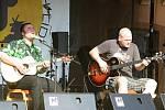 Jedním z lákadel sobotního programu byl také kytarista Zdeněk Bína se svým akustickým projektem.