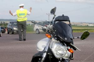 Spěch na silnicích vytváři krizové situace