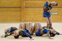 Žákyně z břeclavského klubu moderní gymnastiky si získali oblibu i u veřejnosti.