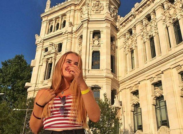 Karolína si zamilovala Madrid.