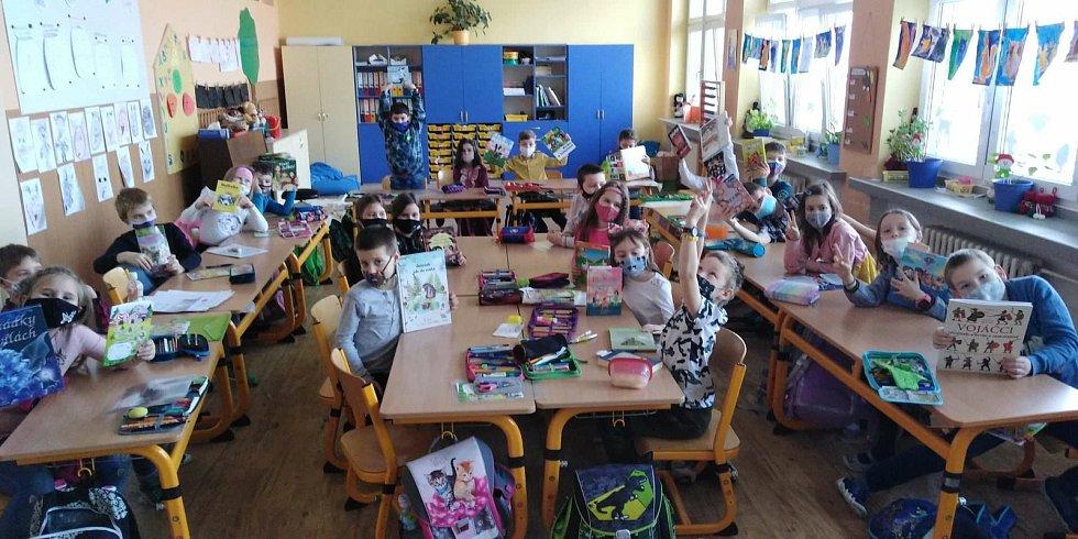 Druháci si užili den čtenářské radosti.