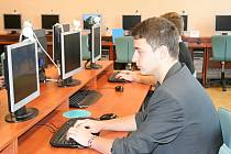 Studenti středních škol se utkali v krajském kole odborné soutěže Mistrovství České republiky v grafických disciplínách. Konala se v úterý v učebnách Obchodní akademie v Břeclavi.
