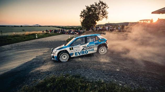 Letošní Agrotec Petronas rally vyhrál Václav Pech před Janem Kopeckým.