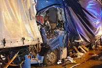 Nehoda dvou kamionů zablokovala dálnici D2.