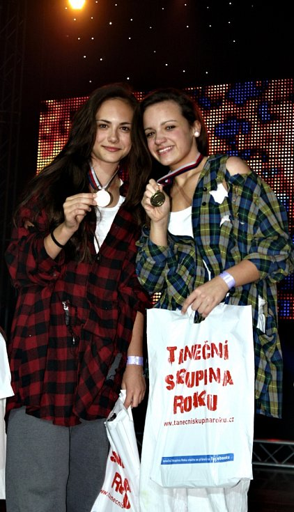 Actiwity D.C. na finále Taneční skupina roku 2013 získaly zlato za freestyle mix.