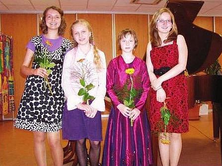 Zleva: Ráchel Kalvachová, Marie Hejlová, Pavlína Krmelová a Jana Otáhalová.