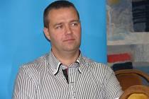 Čtyřiatřicetiletý Zdeněk Mikulica z Kobylí se stal Gentlemanem silnic.