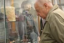 V břeclavském muzeu pod vodárnou v Břeclavi zahájili výstavu Velká válka. Stylově v kostýmech. Výstava potrvá do třináctého září.