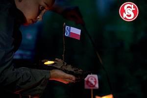 Sokoli v Podivíně zapálí svíčky za oběti