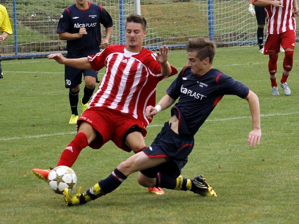 Fotbalisté Rakvic (v modrém). Ilustrační foto.
