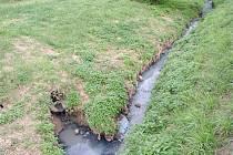 Za vypouštění nečisté vody z kanalizace udělila Česká inspekce životního prostředí Horním Bojanovicím pokutu ve výši sto tisíc korun.