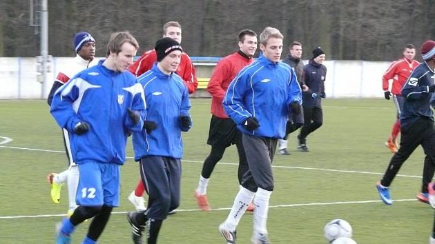 Na prvním tréninku po zimě se koučům Břeclavi hlásilo 23 hráčů, další byli omluvení.