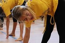 Zahájí kurzy cvičení i jógy