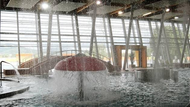 Slavnostní zahájení provozu nového Aqualandu Moravia v Pasohlávkách.