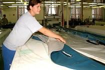 Dnešní výroba člunů.