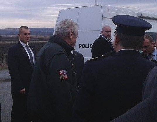 Prezident Miloš Zeman zakončuje svou třídenní návštěvu jižní Moravy na Břeclavsku.