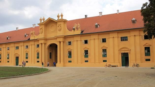 Unikátní barokní jízdárny lednického zámku. Ilustrační foto.