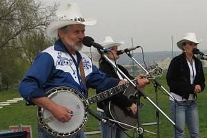 Muzikantský svět Josefa Veverky zůstane navždy nerozlučně spojený s jeho láskou ke country hudbě a country skupině COLORADO.