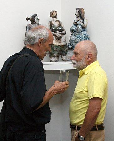 Vnově otevřené Galerii Reistna ve Valticích mohou lidé až do konce září navštívit výstavu Obrazy, sochy, plastiky.