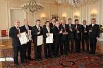 Prezident Václav Klaus uvítal o čestnými diplomy ocenil na Pražském hradě nejúspěšnější vinaře.