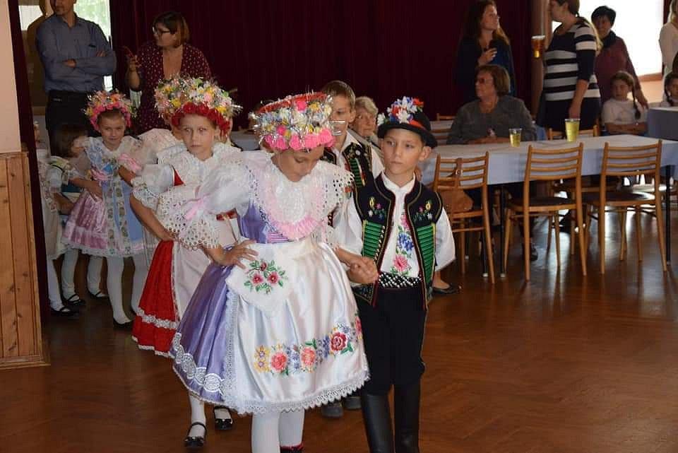 Děti si užijí krojový ples v Hustopečích