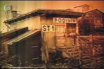 Při srážce rychlíku s autobusem v Podivíně zemřelo na čtyřicet lidí.