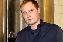 Vinař Lukáš Valíček z rodinného vinařství Víno Valadia.