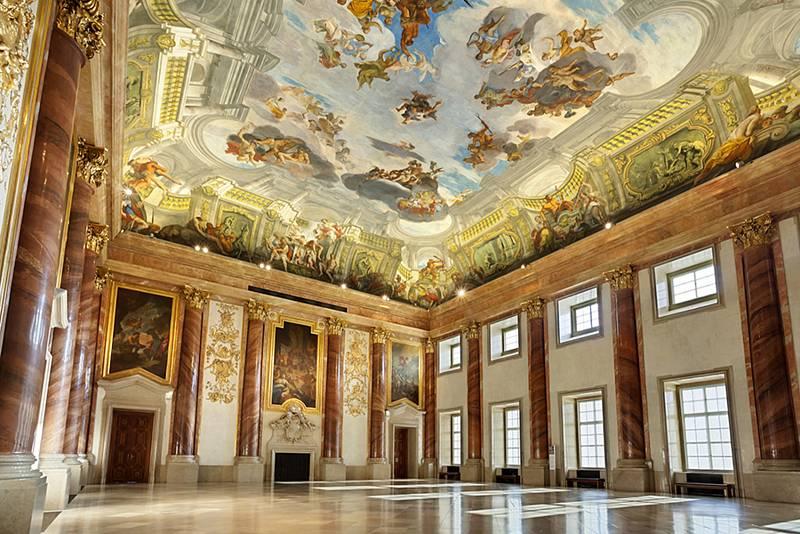 Herkulův sál Zahradního paláce ve Vídni.
