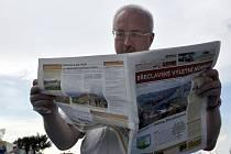 Město Břeclav má své první výletní noviny (na snímku starosta Oldřich Ryšavý).